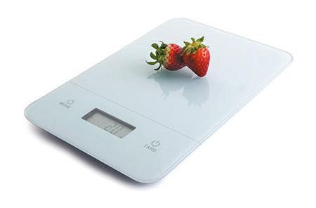 Glas-Küchenwaage, flach weiß mit Glasplatte, Zuwiegefunktion, Wiegebereich 5kg